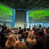 """【ハッカソン体験記 後編】MITメディアラボで開催された史上最大規模のVR/ARハッカソンに潜入""""Reality, Virtually, Hackathon"""""""