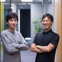 片野晃輔さん(左)榎本輝也さん(右)