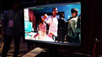 SIGGRAPH 2017会場にて「Headset Removal」のデモの様子 2017年8月1日撮影