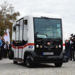ドイツ初の自動運転バス、試験運行開始 温泉町で客運ぶ