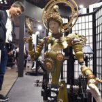 介護から癒やしまで、世界最大規模のロボット見本市 東京