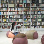 ビッグデータから客に本をオススメ 「新小売+」の無人書店が上海にオープン