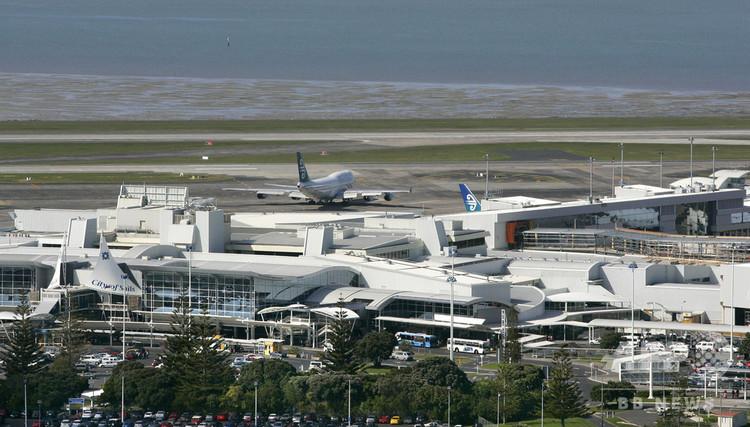 ニュージーランドのオークランド空港(2007年10月4日撮影、資料写真)。(c)AFP PHOTO / DEAN TREML