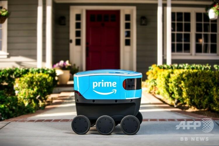米アマゾン・ドットコムの新型宅配ロボット「スカウト」の写真。同社提供(2018年12月15日撮影)。(c)AFP PHOTO / Amazon
