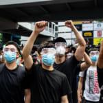 香港デモ、参加者は「デジタル断ち」 当局の追跡警戒 「新疆化」恐れる声も