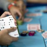 フェイスブックの人工知能、6人ポーカーでプロに初勝利