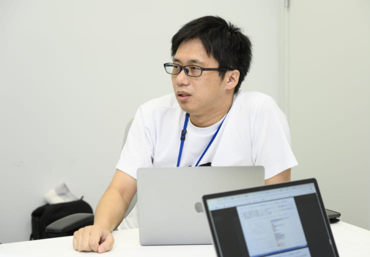 HADOの特徴について説明する本木氏