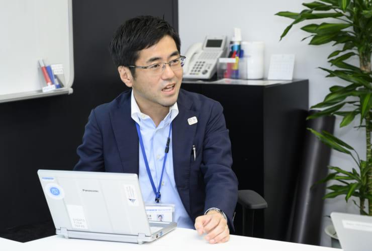 VR・AR技術が教育現場で活用された事例を紹介する河本氏