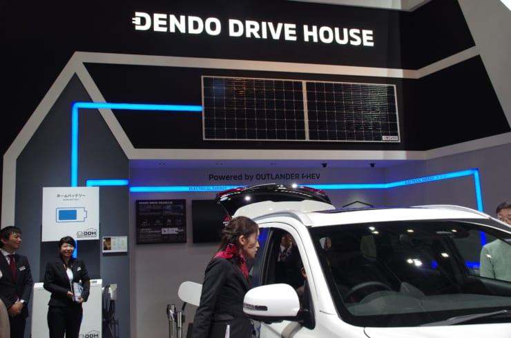 三菱自動車の電動DRIVE HAUSEのデモ