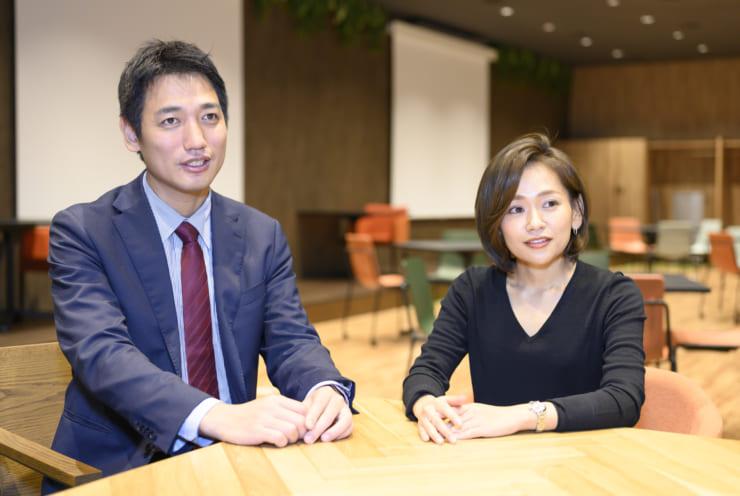 「PoT」について解説するNTTデータの冨田氏(左)と福島氏(右)