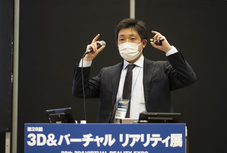 株式会社セックの鵜川健太郎氏。鵜川氏も新型コロナウイルス感染対策のためマスク装着で登壇した