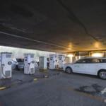 今年中に60万基の充電スタンド増設、EVの普及にアクセル 中国