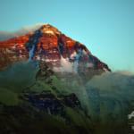 チョモランマ山頂で5G使用可能に、世界最高海抜の基地局完成へ
