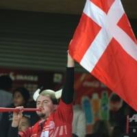 「Zoom」使ってスタジアム内で応援 サッカーデンマーク1部