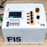 フェラーリが低価格の人工呼吸器を5週間で開発、コロナ対策