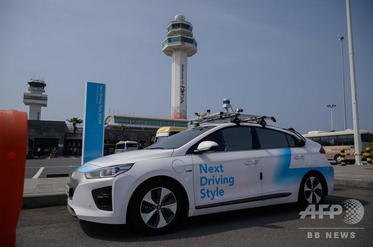 韓国・済州島で運行されているライドフラックスの自動運転車(2020年5月28日撮影)。(c)Ed JONES / AFP
