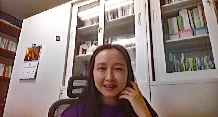 山梨大学工学部コンピューター理工学科の茅 暁陽(まお・しやおやん)教授(オンラインにて取材)