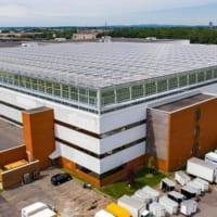 世界最大の「屋上温室」開業 カナダ第2の都市で有機栽培