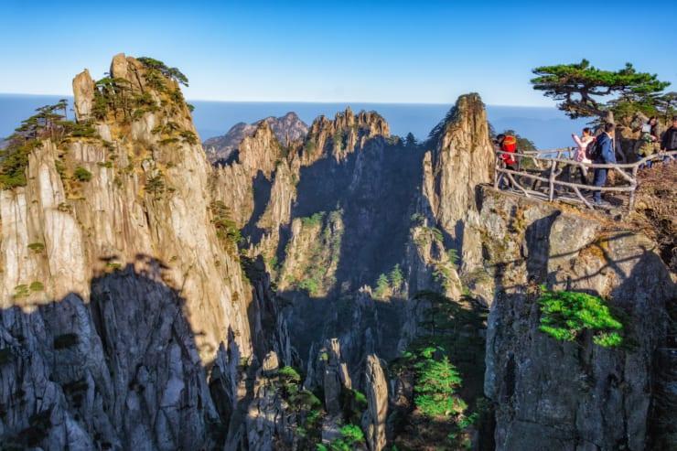 安徽省の黄山は中国有数の人気観光地