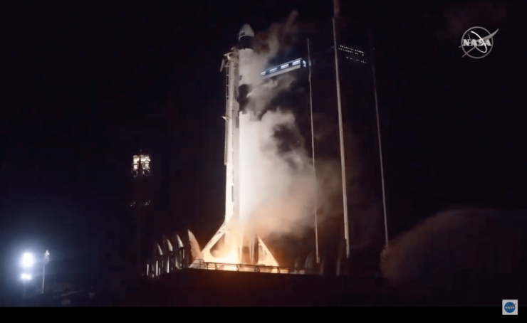 ファルコン9ロケット打ち上げの瞬間