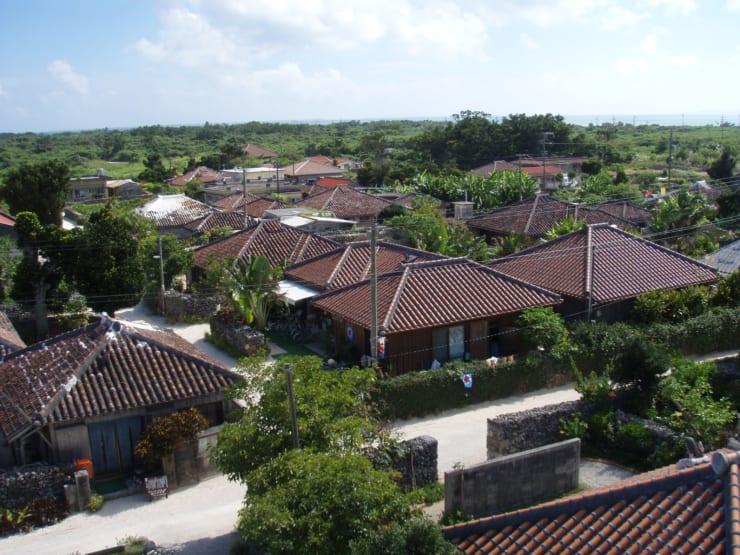 イメージ・南の島でワーケーション(撮影地:沖縄・竹富島)