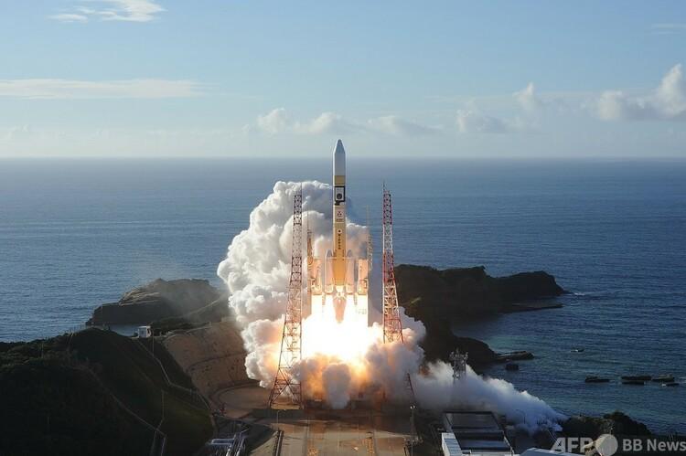 アラブ首長国連邦(UAE)の火星探査機「ホープ」を載せたH2Aロケットの打ち上げの様子。鹿児島県の種子島宇宙センターで(2020年7月20日撮影、資料写真)。(c)AFP PHOTO / (MITSUBISHI HEAVY INDUSTRIES)