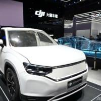 アリババ、小米、DJI…中国IT大手、続々とEV市場に参戦 上海モーターショーで世界が注目