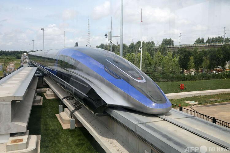 世界初の最高時速600キロで走行するリニアモーターカー(2021年7月20日撮影)。(c)CNS:胡耀傑
