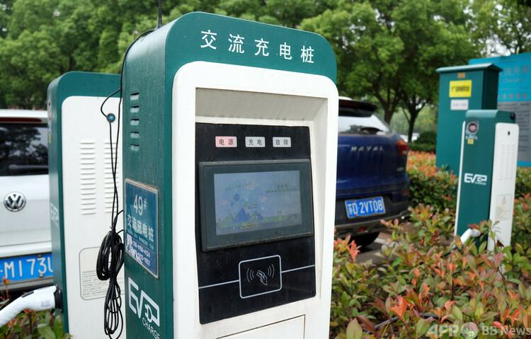 江蘇省常州市にある充電スタンド(2021年5月12日撮影、資料写真)。(c)CNS/安東