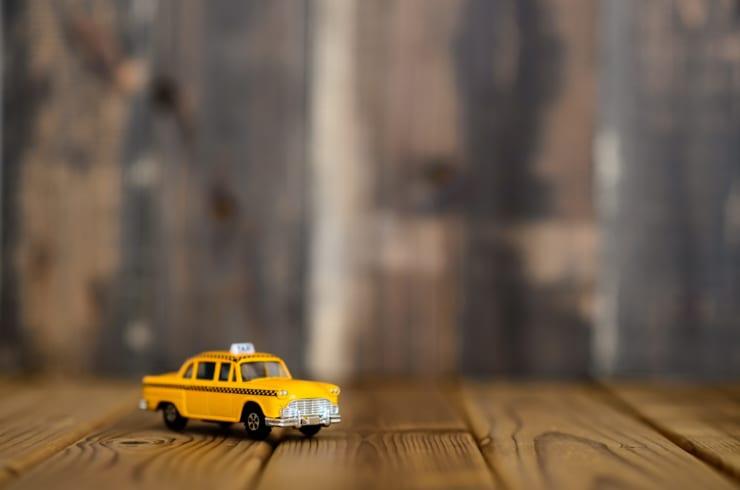 日本におけるタクシー配車アプリの利便性と未来像(イメージ)